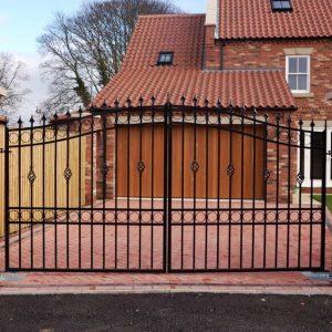 gate-for-driveway-big-58adbcd43df78c345bd37165